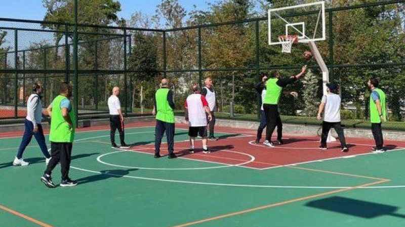 Cumhurbaşkanı Erdoğan basketbol maçı yaptı
