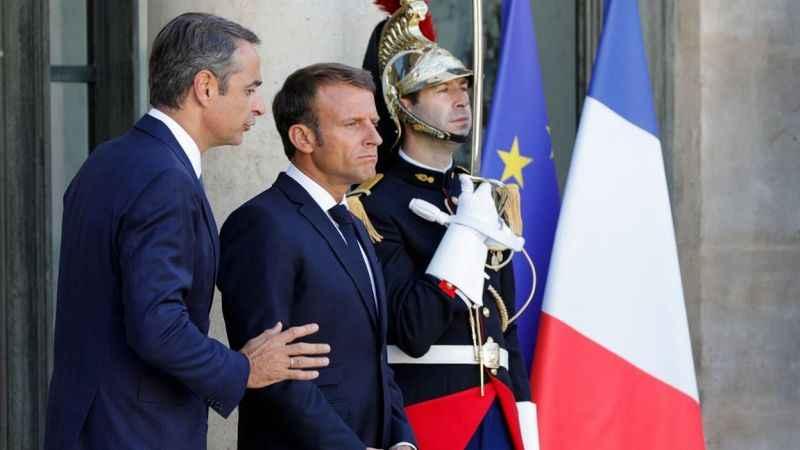 Macron, Yunanistan'ın Osmanlı ile mücadelesine övgüler yağdırdı