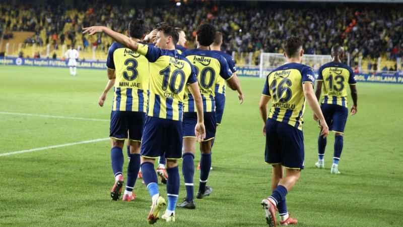 Olympiakos maçı öncesi Fenerbahçe'ye 6 müjde!