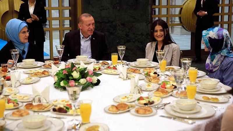 Cumhurbaşkanlığı Külliyesi'nin mutfak gideri 5,4 Milyon TL'ye çıktı!