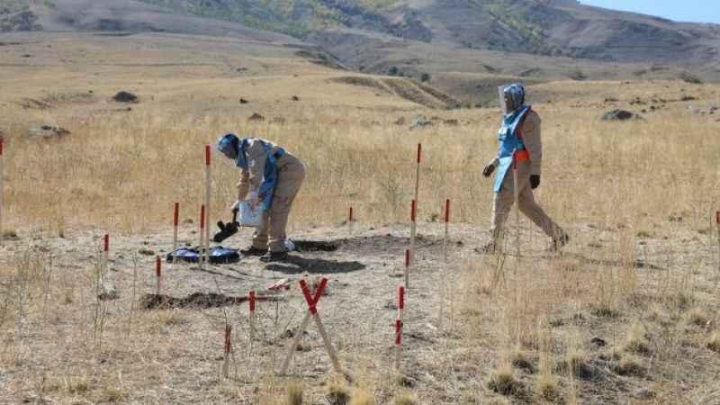 Türkiye-İran sınırındaki mayınlar temizleniyor