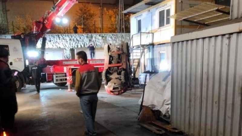 Sincan'da acı olay! Forklift'in altında kalan işçi hayatını kaybetti