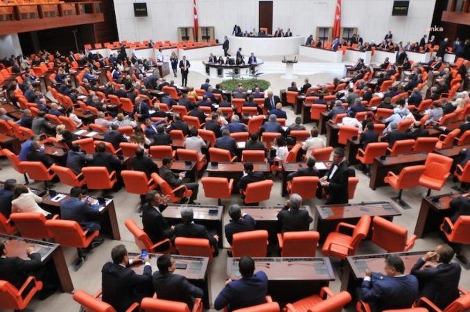 AKP YASA TEKLİFİ VERDİ: GENERAL VE AMİRALLERE, ASKERİ SUÇ SORUŞTURMASI BAKAN İZNİNE BAĞLANIYOR