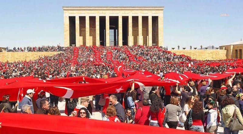 CHP'Lİ HAKVERDİ, MİLLİ SAVUNMA BAKANI AKAR'A ANITKABİR'DE ÖZELLEŞTİRİLEN KAFETERYALARI SORDU