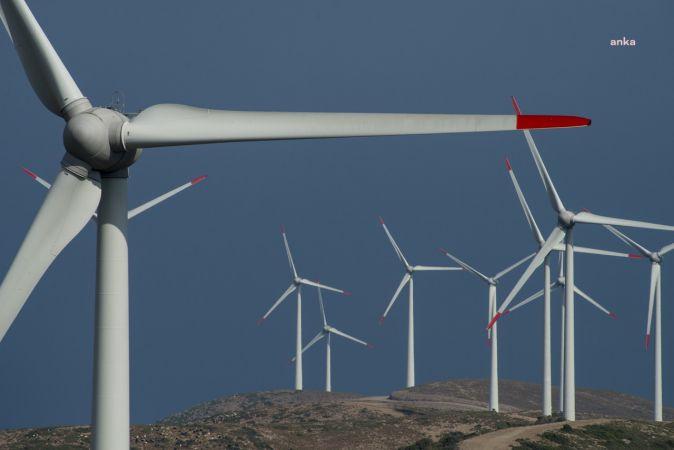 YENİLENEBİLİR ENERJİ SANTRALLERİNDE HEMEN DEVREYE ALINABİLECEK 1000 MW ATIL KAPASİTE VAR