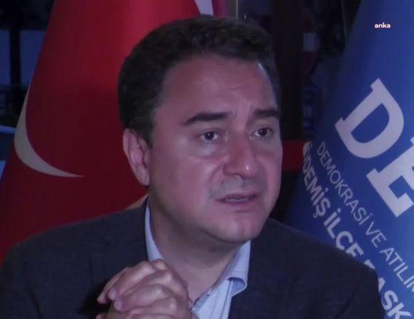"""BABACAN: """"FERHAN ŞENSOY'U DAİMA GÜLEREK HATIRLAYACAĞIZ"""""""