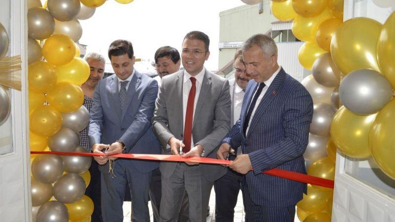 Hendek Anadolu Lisesi spor salonu yenilendi