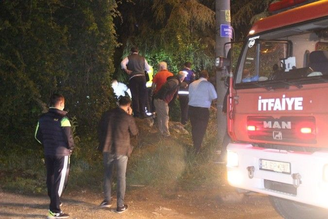TEM'de kaza tır şarampole yuvarlanıp alev alev yandı: 1 yaralı
