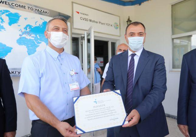 Vali Çetin Oktay Kaldırım Yazaki Fabrikasını Gezerek İşbirliği İmza Törenine Katıldı
