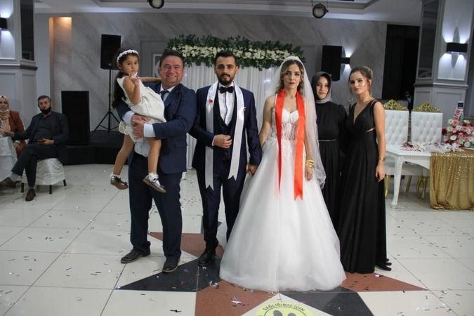 Fahri Kuş yeğenini evlendirdi