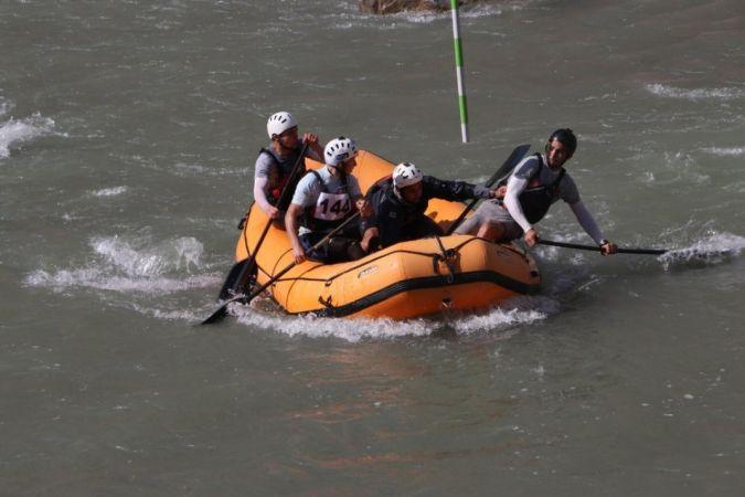 Düzce Belediyesi rafting takımı rekor kırdı