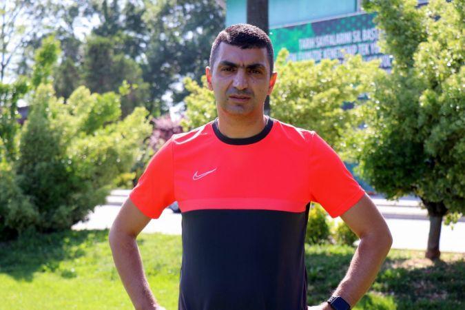 Sakaryaspor Teknik Direktörü Serdar Bozkurt istifa etti