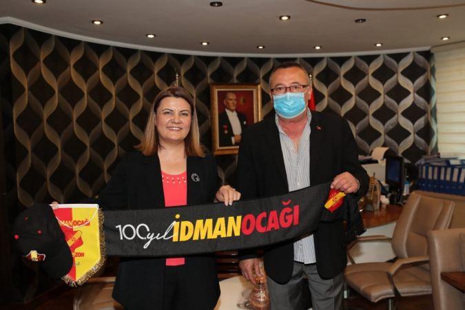 Trabzon İdmanocağı'ndan Hürriyet'e 100. yıl hediyesi