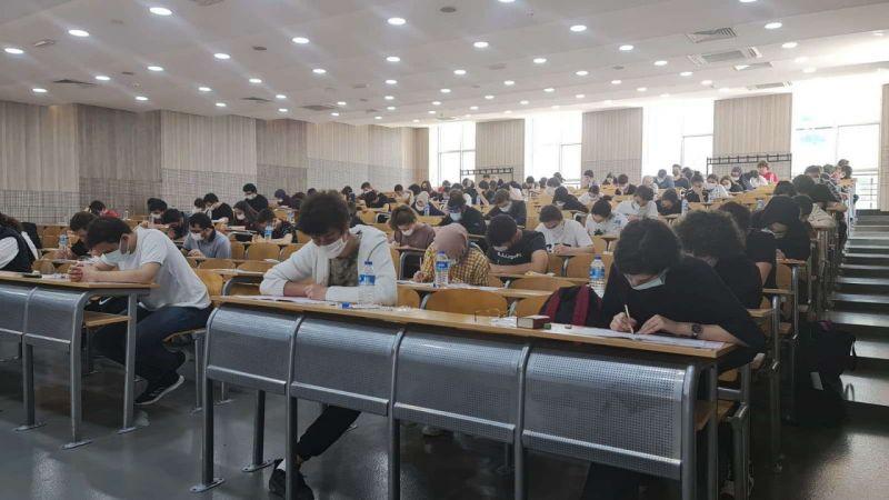 Sakarya Üniversitesinde erken sınav heyecanı