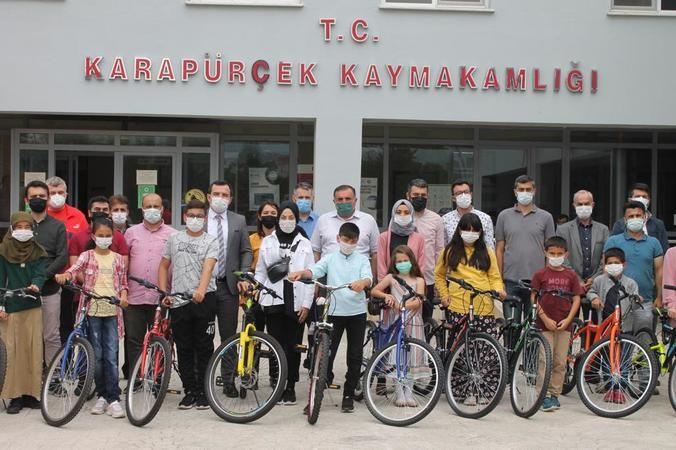 Karapürçek'te  ''Okumak, Özgürlüğe Pedal Çevirmektir'' projesi