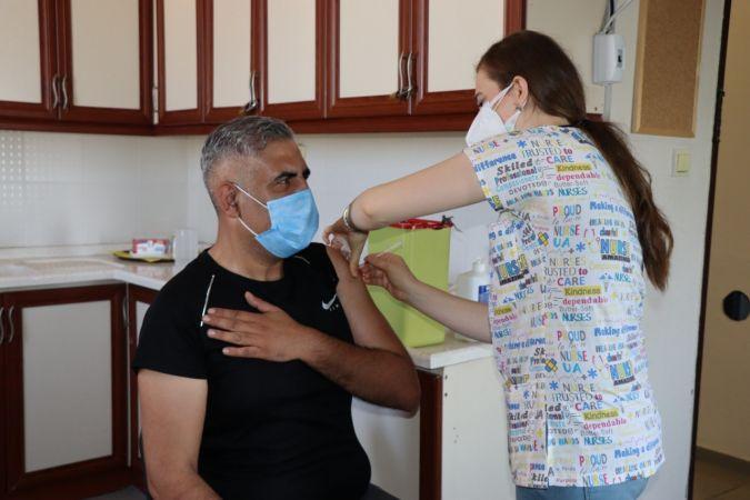 İzmit Belediyesi personelleri aşılarını oldu