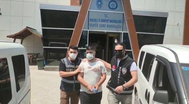Evden 100 bin TL'lik ziynet eşyası çalan 3 kişiden 1'i tutuklandı