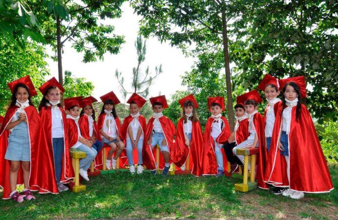 Anasınıfı öğrencileri diploma heyecanı yaşadılar