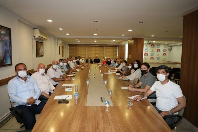 Belediye Başkanı Özlü, projelerini partisiyle paylaştı