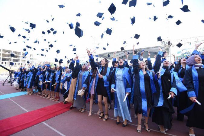 Sağlık neferleri mezuniyet gururu yaşadı
