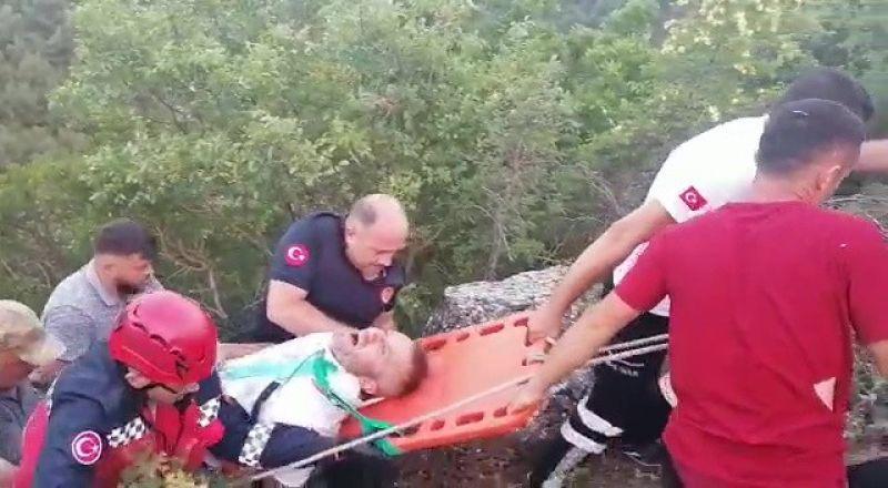 3 yaşındaki çocuk kontak anahtarını çıkarınca otomobil uçuruma yuvarlandı: 3 yaralı