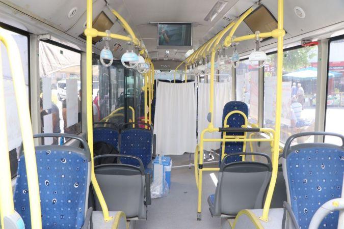 Halk otobüsü mobil aşı aracı oldu
