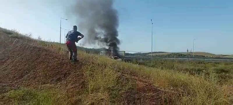 Şarampole yuvarlanıp yanan araçtan burnu bile kanamadan çıktı