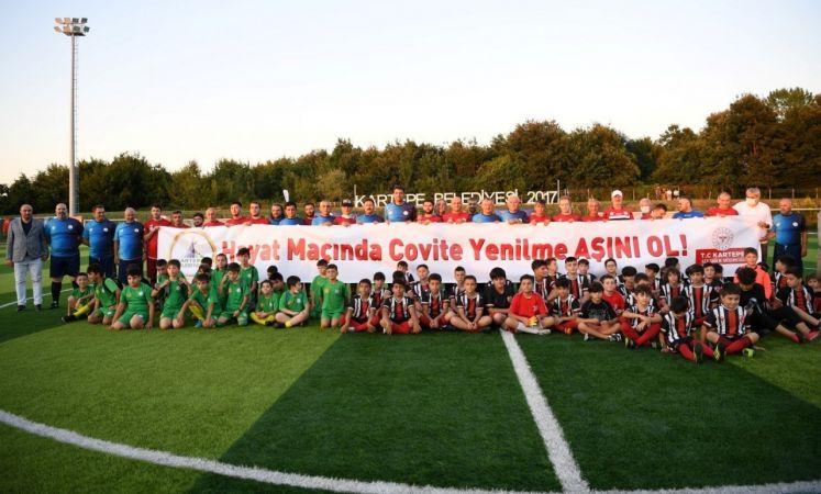 Kartepe'de Şöhretler Futbol Turnuvası başladı