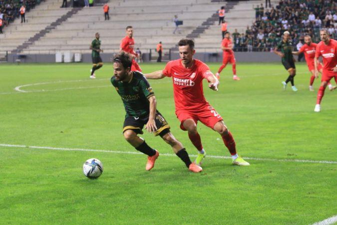 TFF 1. Lig: Kocaelispor: 0 - Ümraniyespor: 1 (İlk yarı)