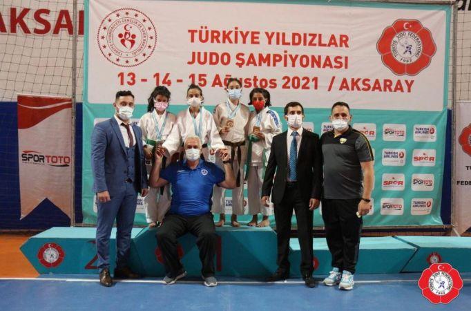 Kağıtsporlu judocular gelecek için umut verdi