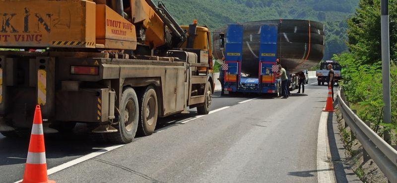 Dev baraj kapakları yola kaydı, Bolu dağı trafiğe kapandı