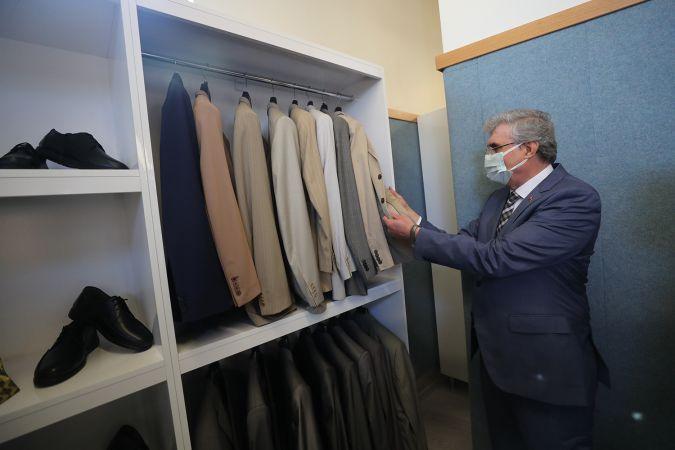 Büyükşehir Belediyesi 7 bin 200 adet kıyafeti vatandaşlarla buluşturdu