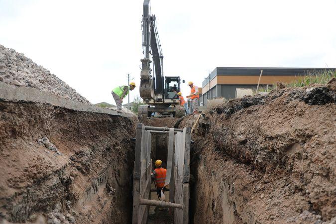 Büyükşehir Belediyesi güçlü altyapı ağını genişletmeye devam ediyor