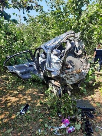 Kontrolden çıkan yabancı plakalı otomobil fındık bahçesine düştü: 1 ölü, 1 ağır yaralı