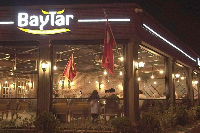 30 Ağustos coşkusu Baytar Steakhouse' ye taşındı