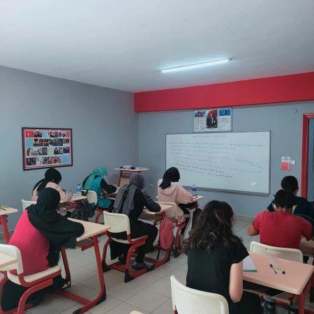 Açı kursta hafta sonu dersleri devam ediyor