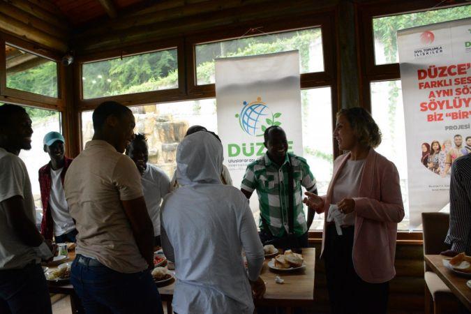 70 ülkeden 2 bin öğrenci Düzce'de eğitim görüyor