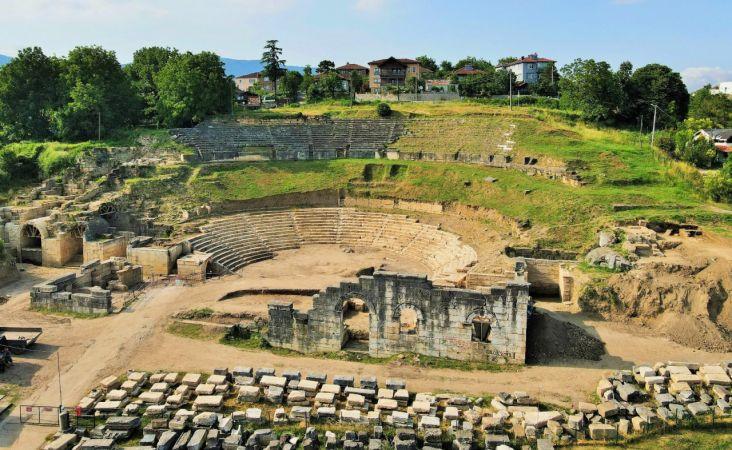 Antik kent tarih severleri bekliyor