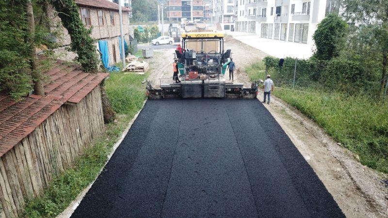 Düzce'de bir haftada 5 bin ton asfalt döküldü