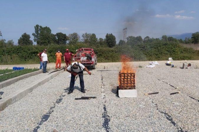 Orman yangınları için farklı kimyasalların kullanılması denendi
