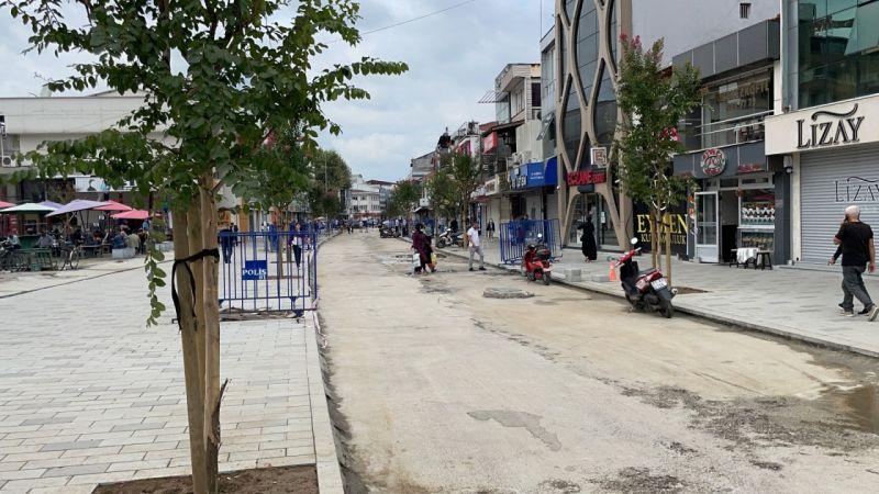 İstanbul Caddesi ağaçlandırıldı