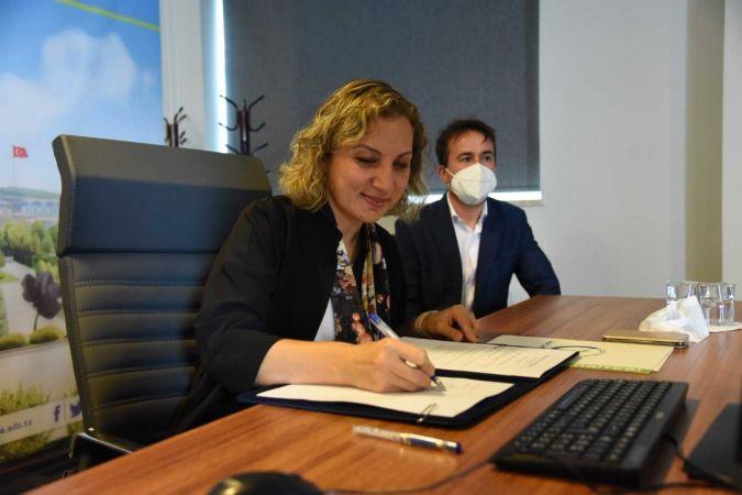 Düzce Üniversitesi uluslararası anlaşmalarına bir yenisini ekledi