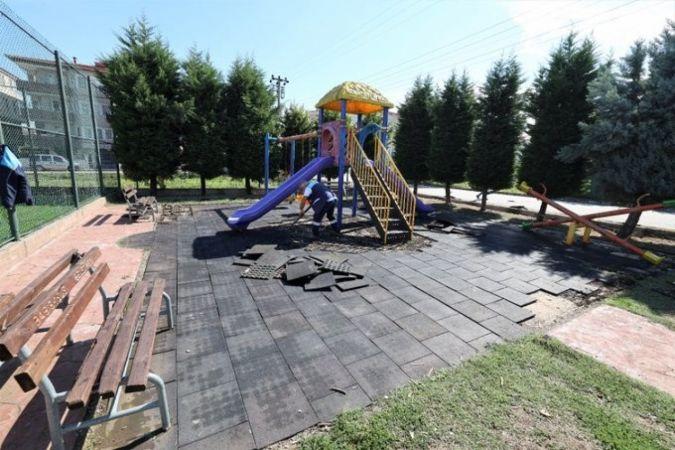 Başiskele'de parklar yenileniyor
