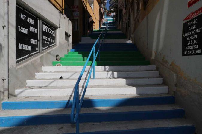 Doğan ve Cedit'e yeni merdiven