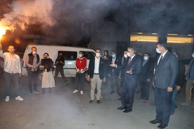 Başkan Yüce, gençlik merkezinin açılışını yaptı