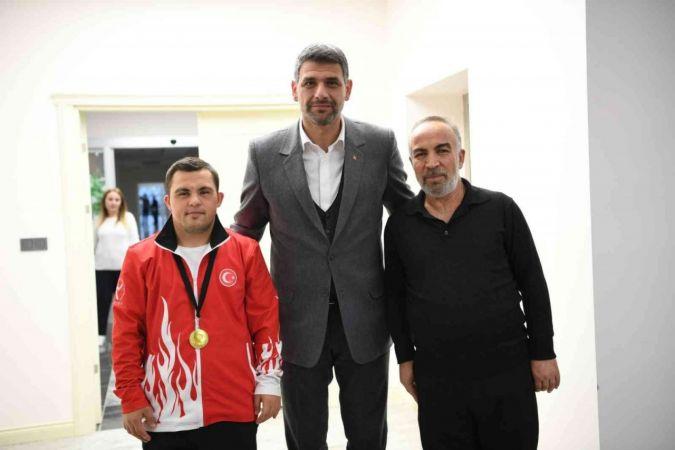 Özel sporcu Coşar, Avrupa şampiyonu oldu