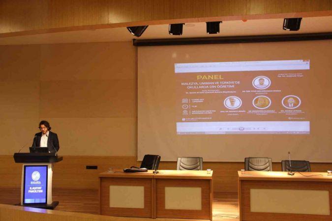 'Malezya, Umman ve Türkiye'de Okullarda Din Öğretimi' konulu panel SAÜ'de düzenlendi