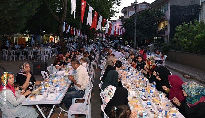 Körfez ve Sanayi Mahalleleri aynı masada iftar açtı