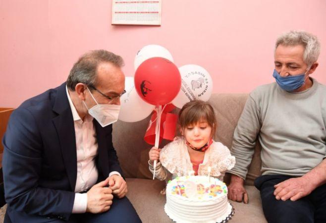 Kocaeli'de 23 Nisan'da dünyaya gelen 307 çocuğa doğum günü sürprizi