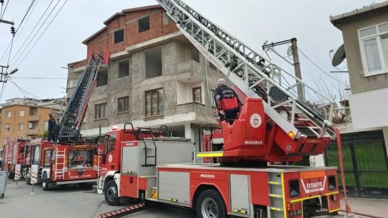 4 katlı binada korkutan yangın!